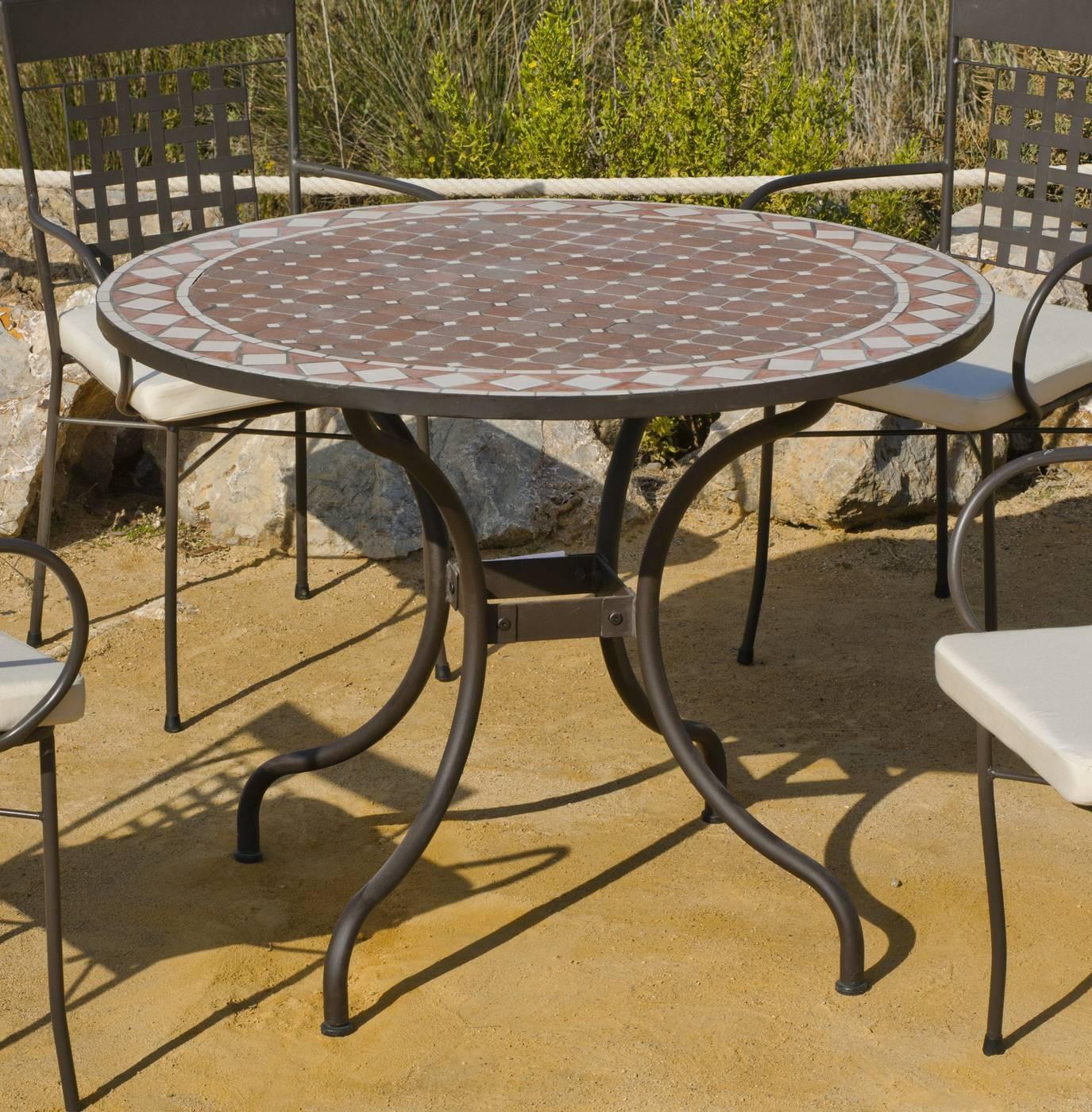 Mesas de jardin de forja y mosaico mesa redonda de - Sillas de forja para comedor ...